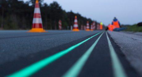 Smart Highway: A Glow-in-the-Dark Road in The Netherlands