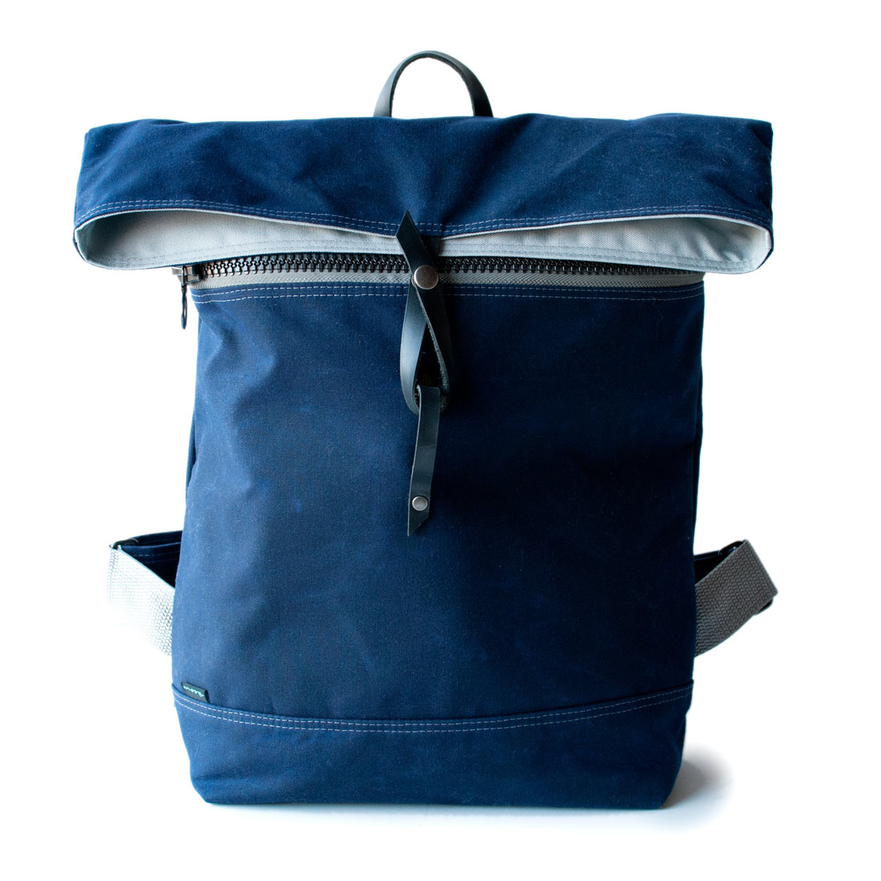 moop-backpack-no2-navy