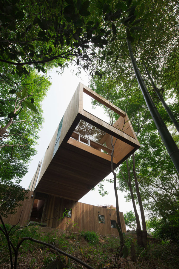 +node: A Cantilevered Home Stacked Like Building Blocks in main architecture  Category