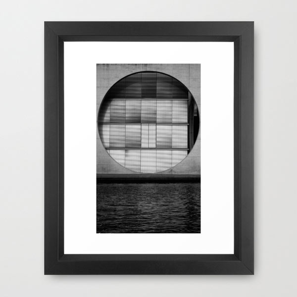 s6-framed-circle-architecture-art