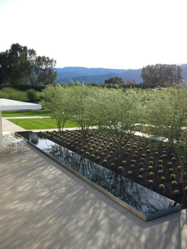 12 Modern Gardens With Water Features in main interior design  Category