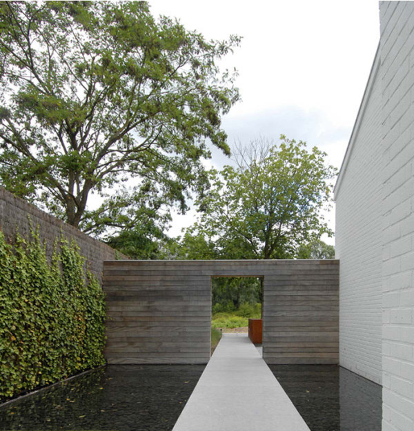 Landscape Design Ideas: Modern Garden Water Features - Design Milk