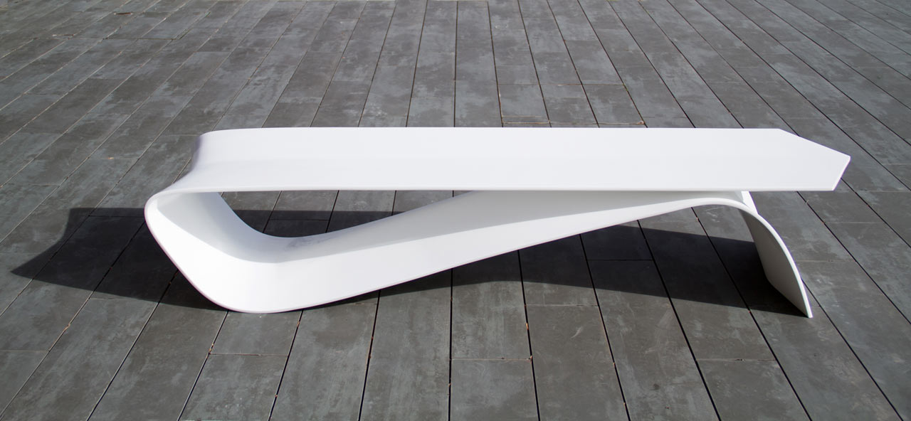 ALFA: An Outdoor Bench Shaped Like a Cotter Pin