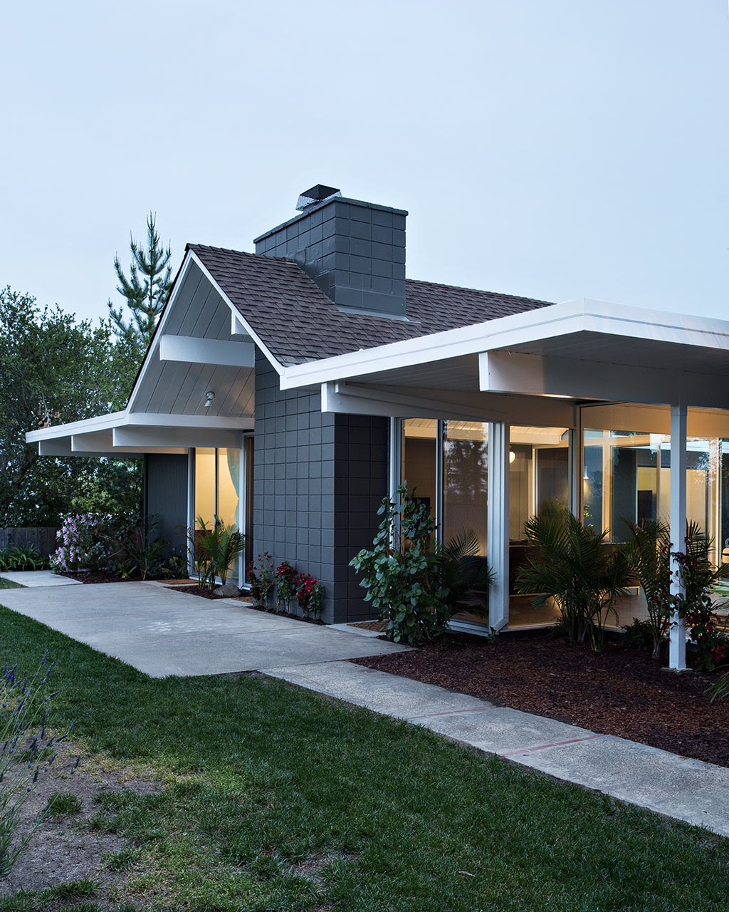 Double-Gable-Eichler-Remodel-Klopf-Architecture-17