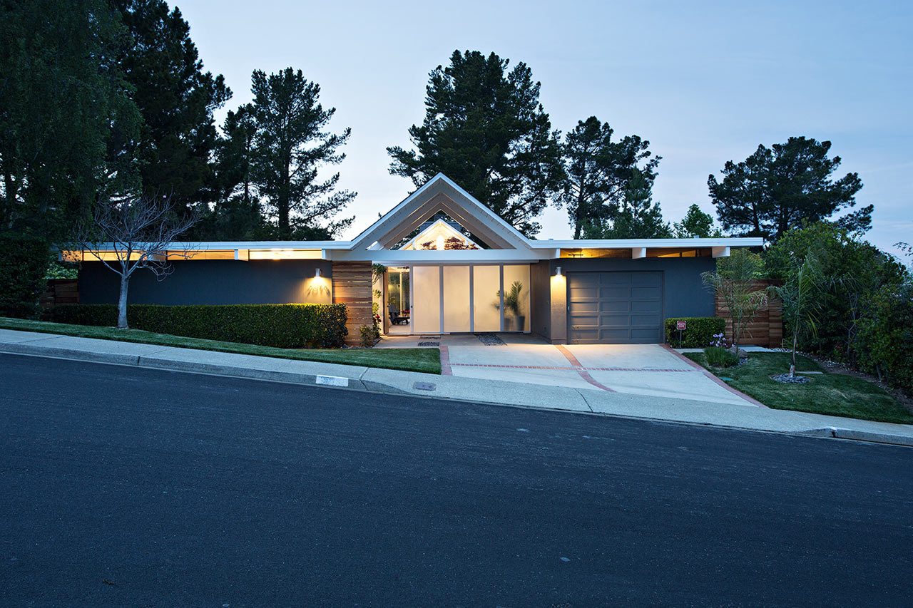 Double-Gable-Eichler-Remodel-Klopf-Architecture-18