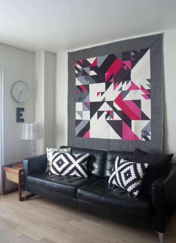 Elizabeth Elliott  quilt TS1_Livingroom