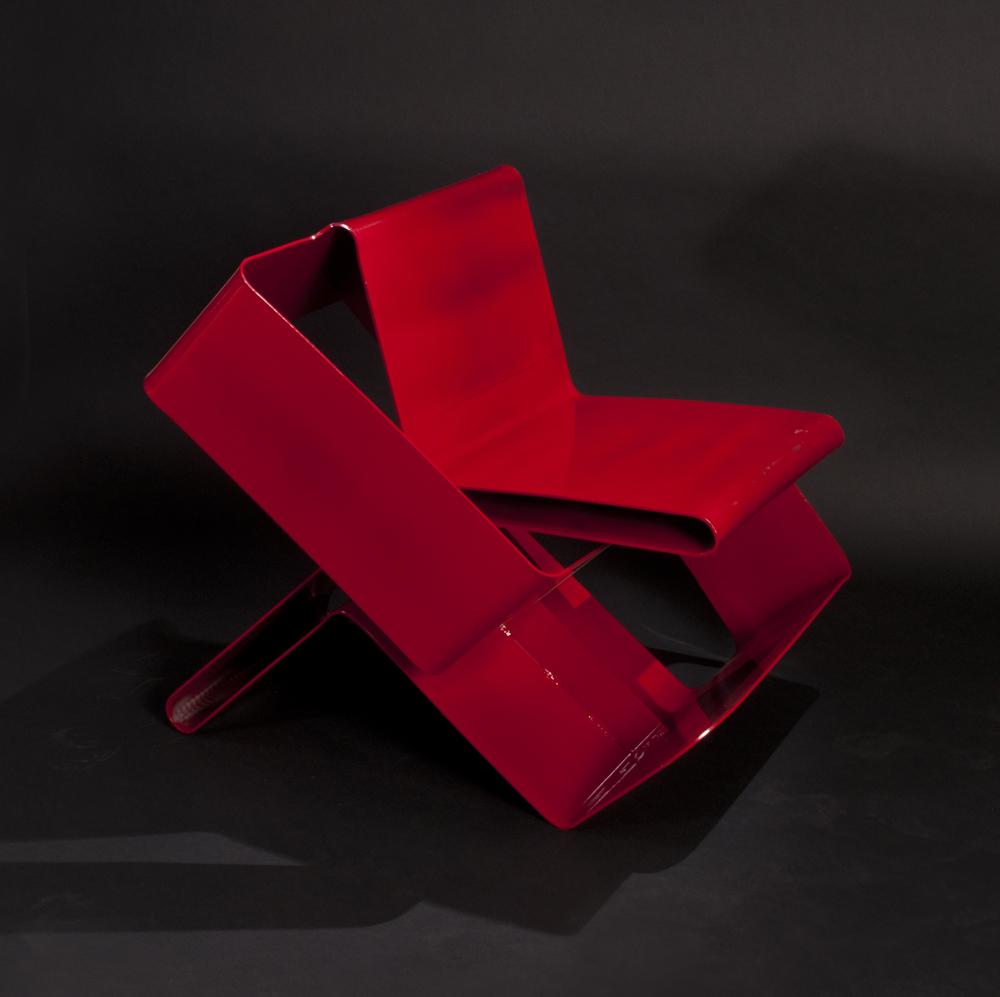 Möbi: A Purposefully Ambiguous Chair Meant to Spark Creativity