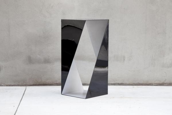 Nova-Objecta-Triangulation-12-T04_NO