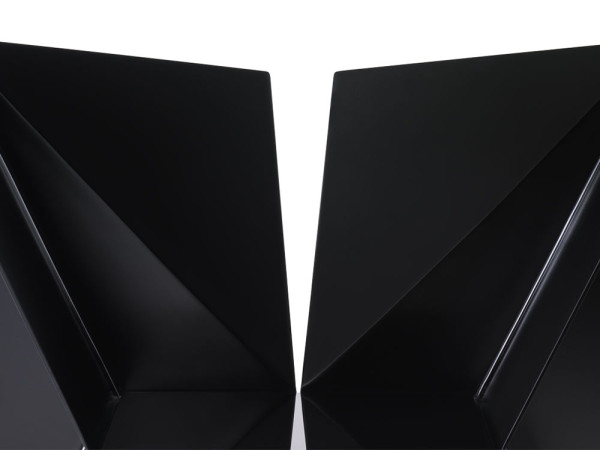 Nova-Objecta-Triangulation-18-T05_AC