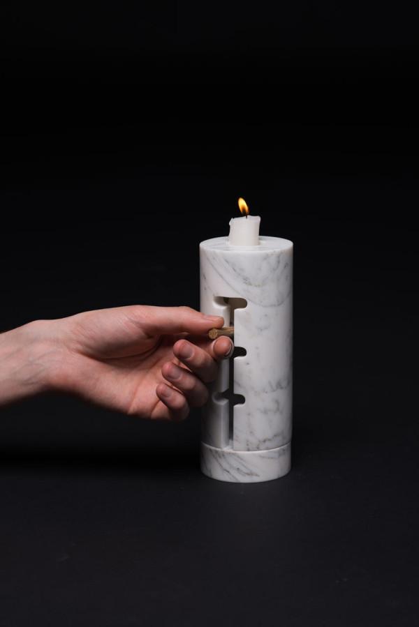 Odnosvechnik-Candle-Holder-Misonzhnikov-4