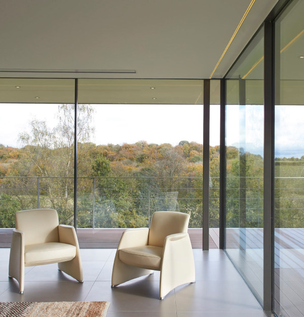 Private-Residence-in-Henley-Manser-10