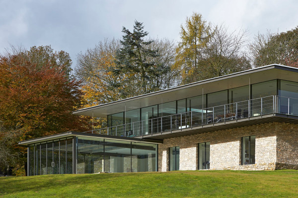 Private-Residence-in-Henley-Manser-5
