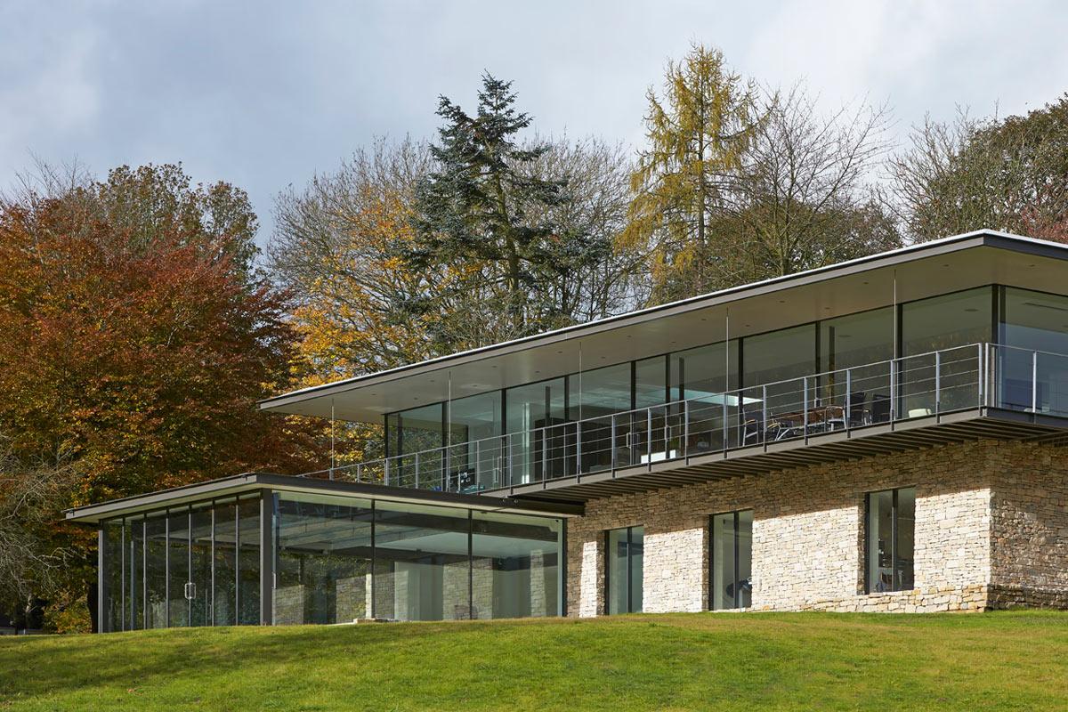 Private-Residence-in-Henley-Manser-5