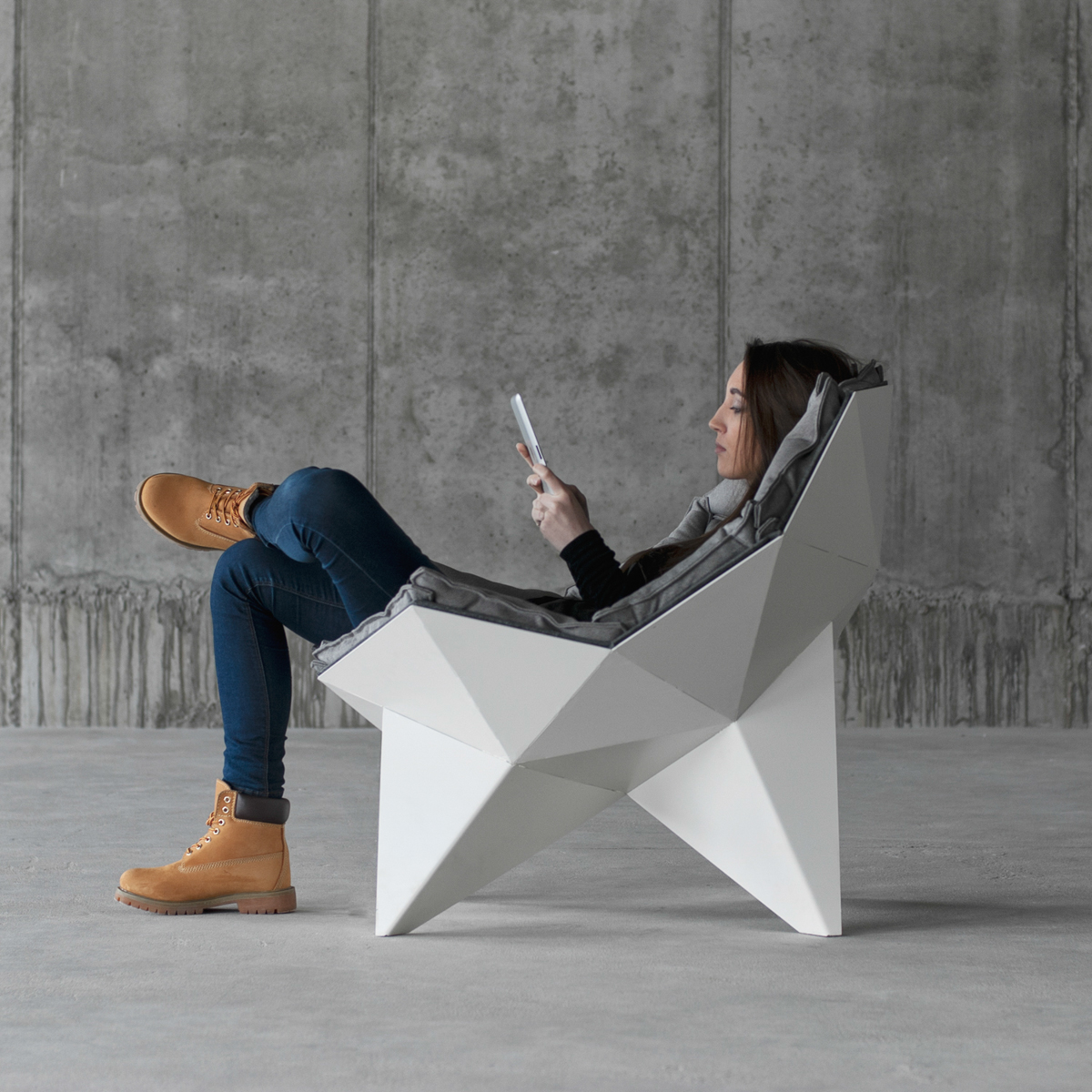 Q1 Lounge Chair by ODESD2-7