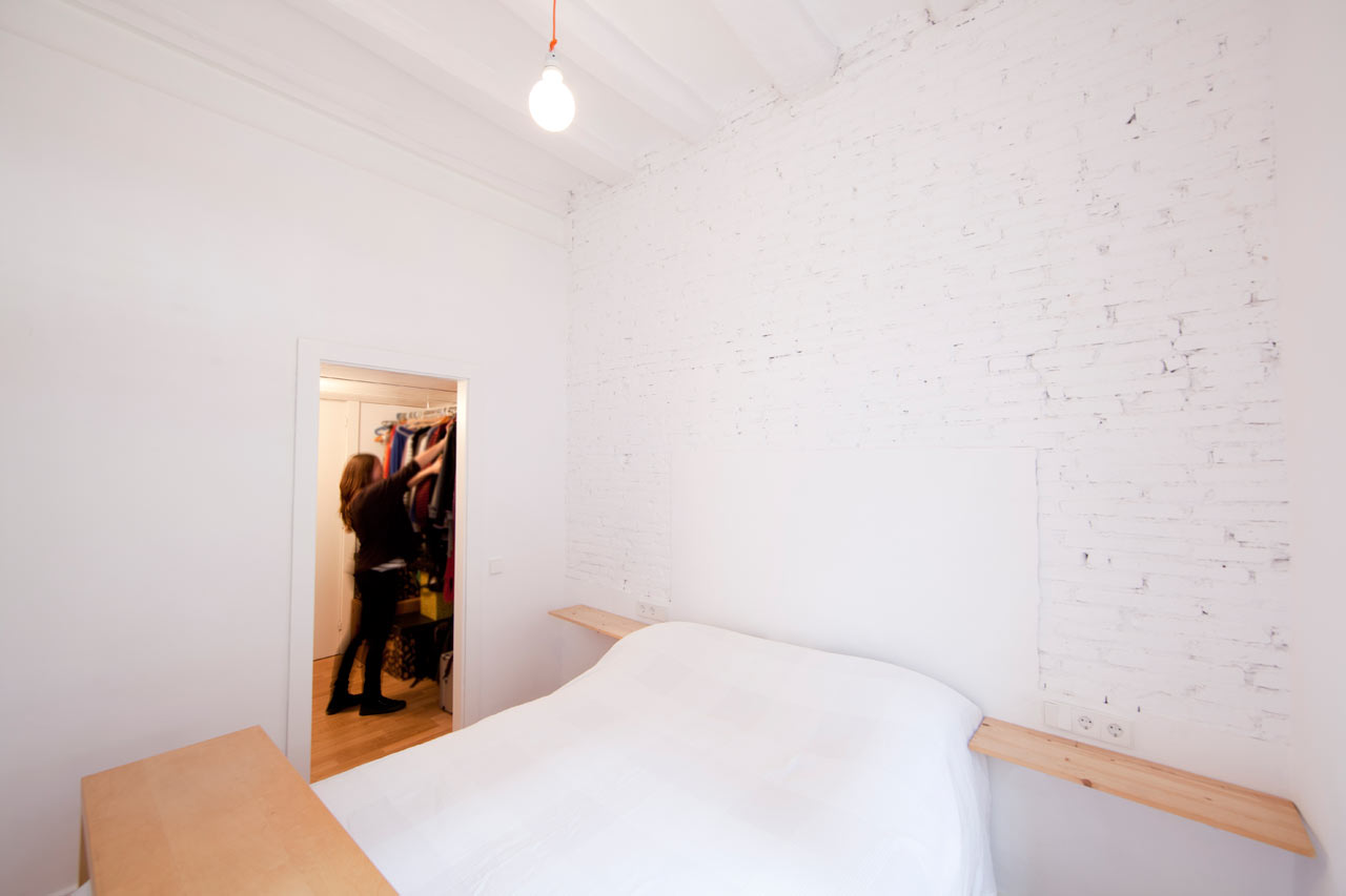 Raval-Barcelona-Apartment-Eva-Cotman-7