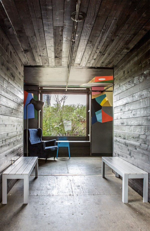 Shipping-Container-Bar-North-Arrow-Studio-10