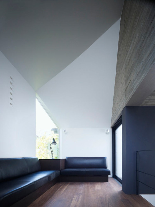 Shirokane House by MDS in main architecture  Category