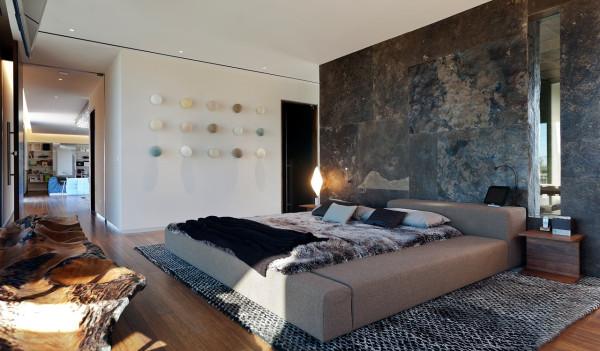 Tresarca-House-assemblageSTUDIO-16-bed