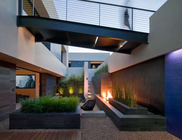 Modern House In The Desert Full Of Dramatic Art Design Milk
