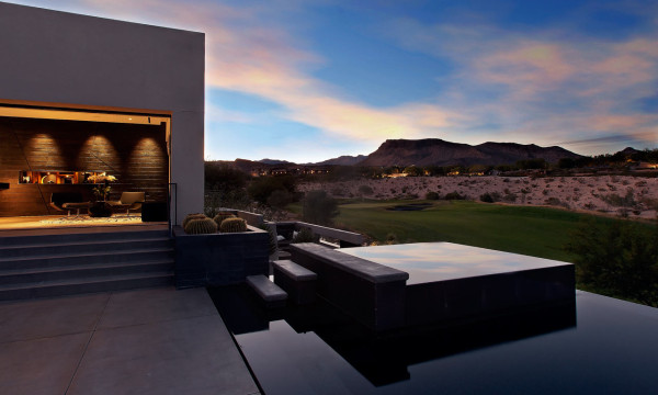 tresARCA: A Modern House in the Desert in main architecture  Category