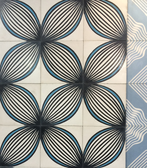 aguayo-geometric-concrete-tiles