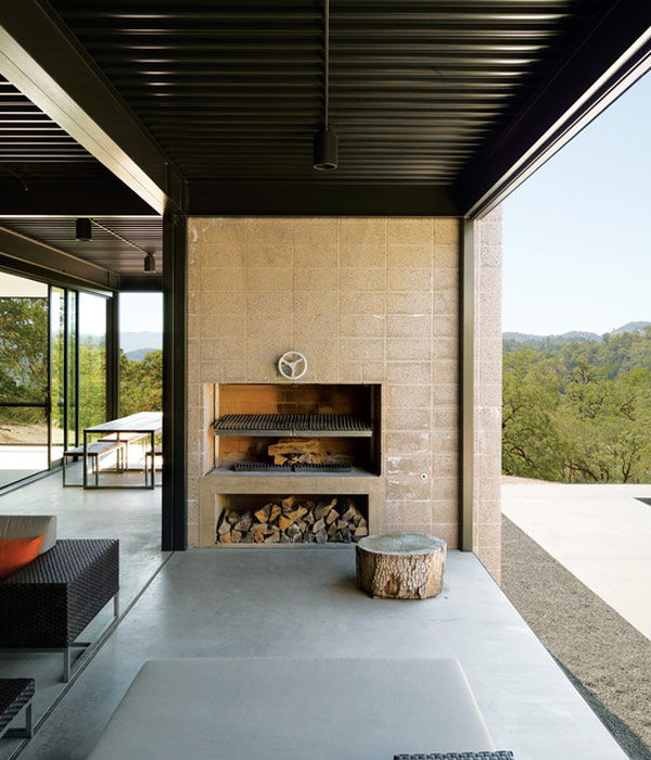fireplace modern design. Photo by Dwight Eschliman 12 Amazing Modern Outdoor Fireplaces  Design Milk