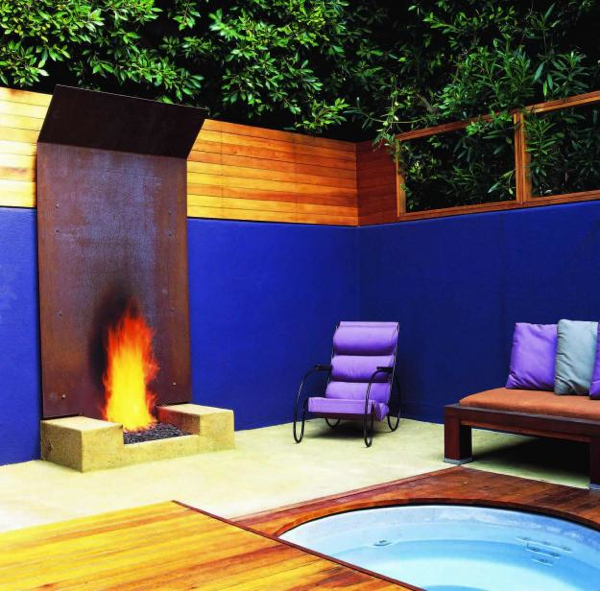 12 Amazing Modern Outdoor Fireplaces