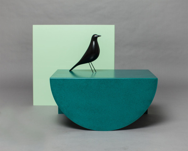 3legs-table-modern-green-gemoetry