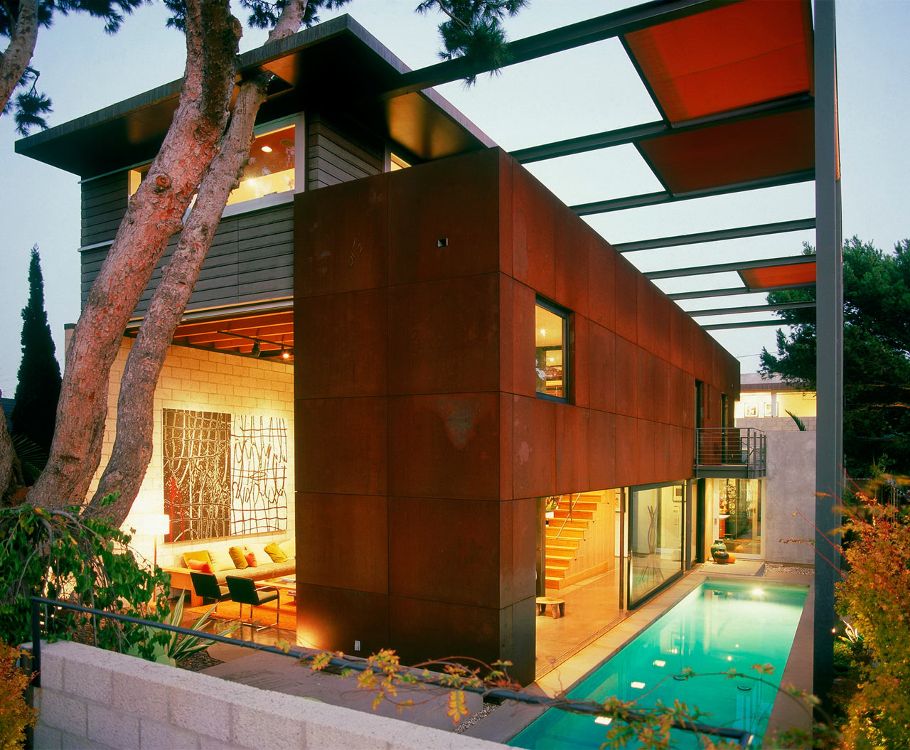 Interview with Architect Steven Ehrlich About 700 Palms