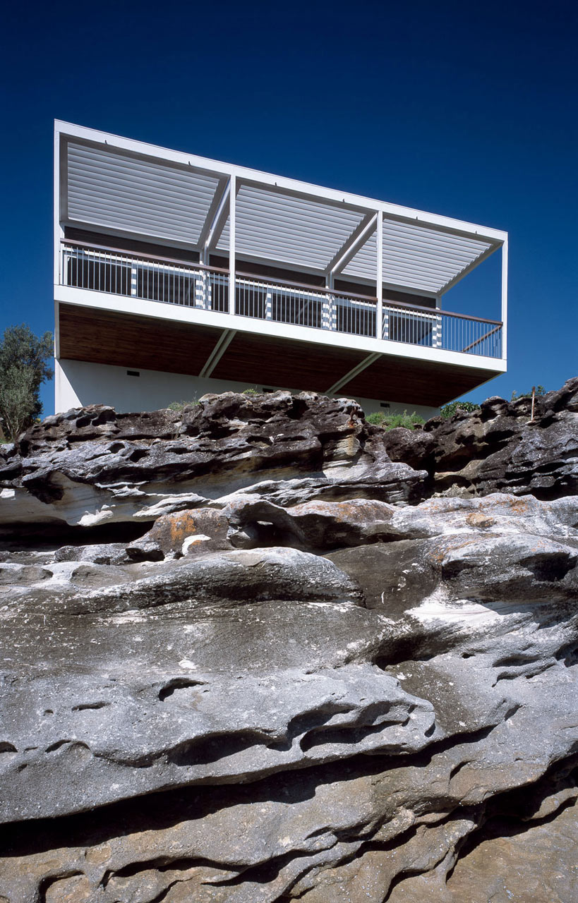 Beach-House-Roundup-10-Clark-Pearse-Arch-Bundeena-House