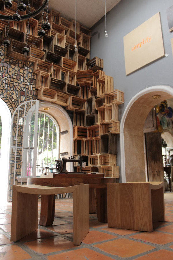 Casa Conceptos Reclaimed Wood Installation 8