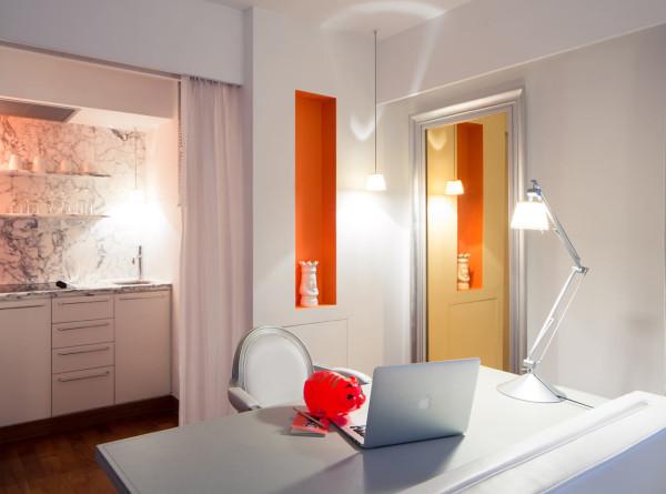 Destin-J-Plus-hotel-by-yoo-14-orange