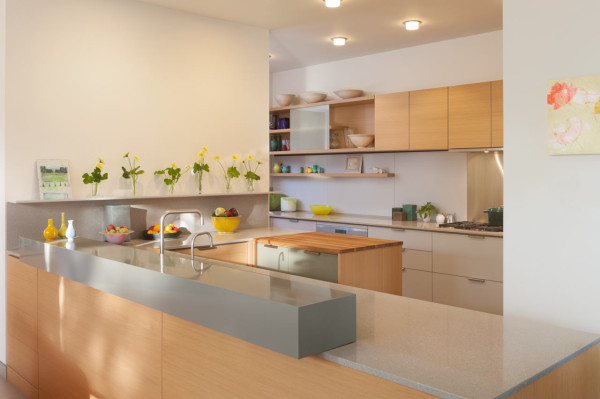 Georgina-Residence-Moore-Ruble-Yudell-8-kitchen