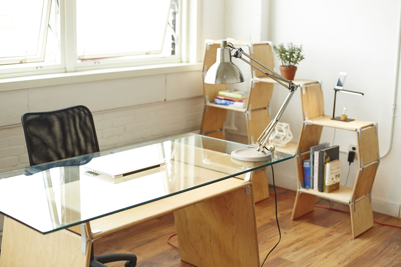 Modos-Tool-Free-Furniture-1-Desk