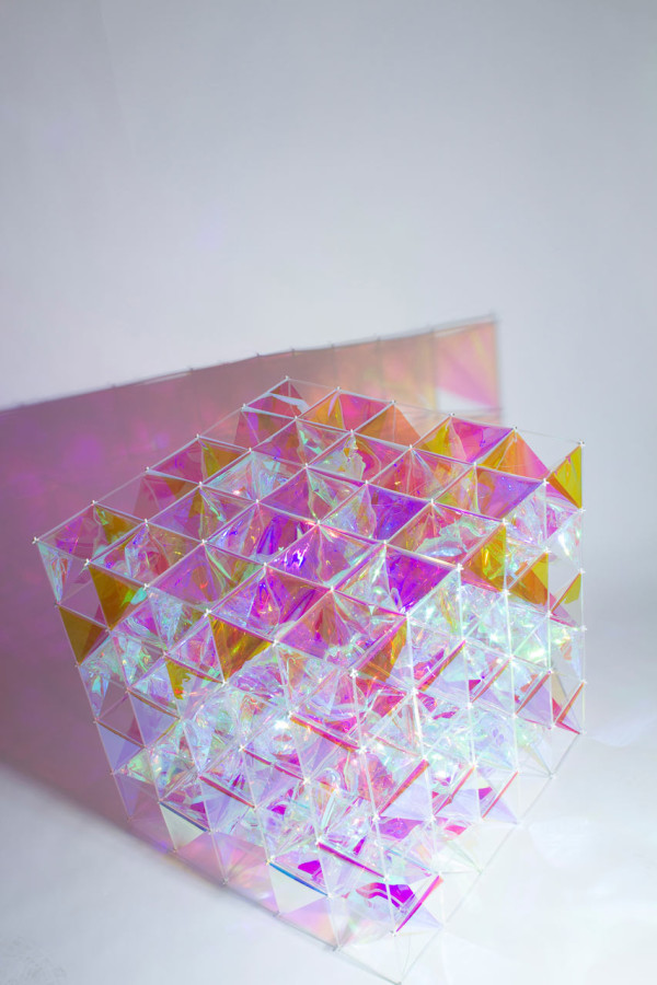 SO-IL-3M-Dichroic-Glass-Finishes-2