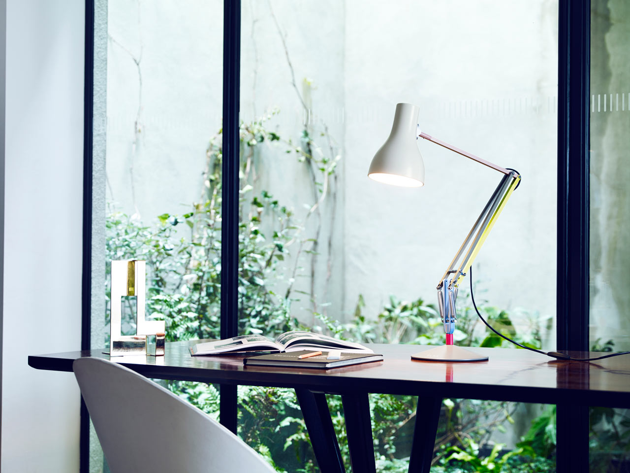 anglepoise+paul_smith_type75-lamp-1