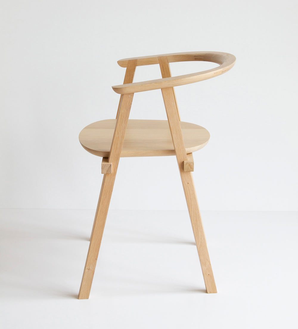 Oak wood minimalist chair by oato design milk for Wooden armchair designs
