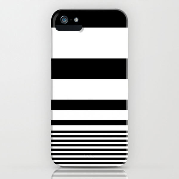 black-white-striped-iphone-case