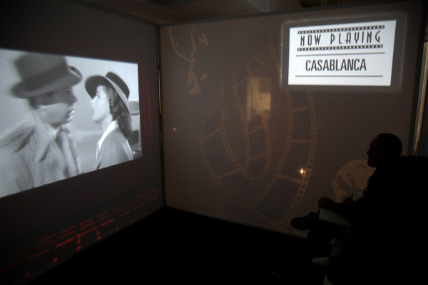 cinema2_red