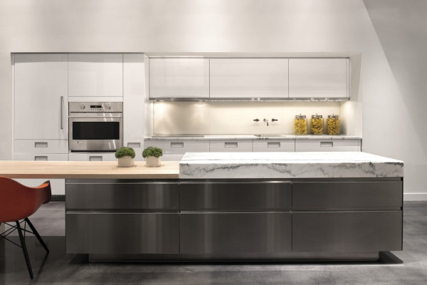 ge-modern-kitchen-sleek