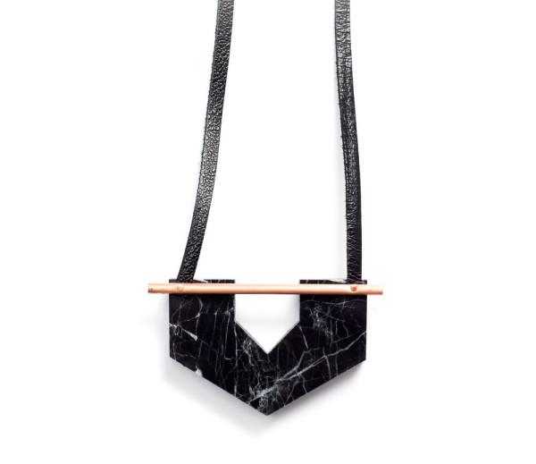 rillrill-black-marble-necklace