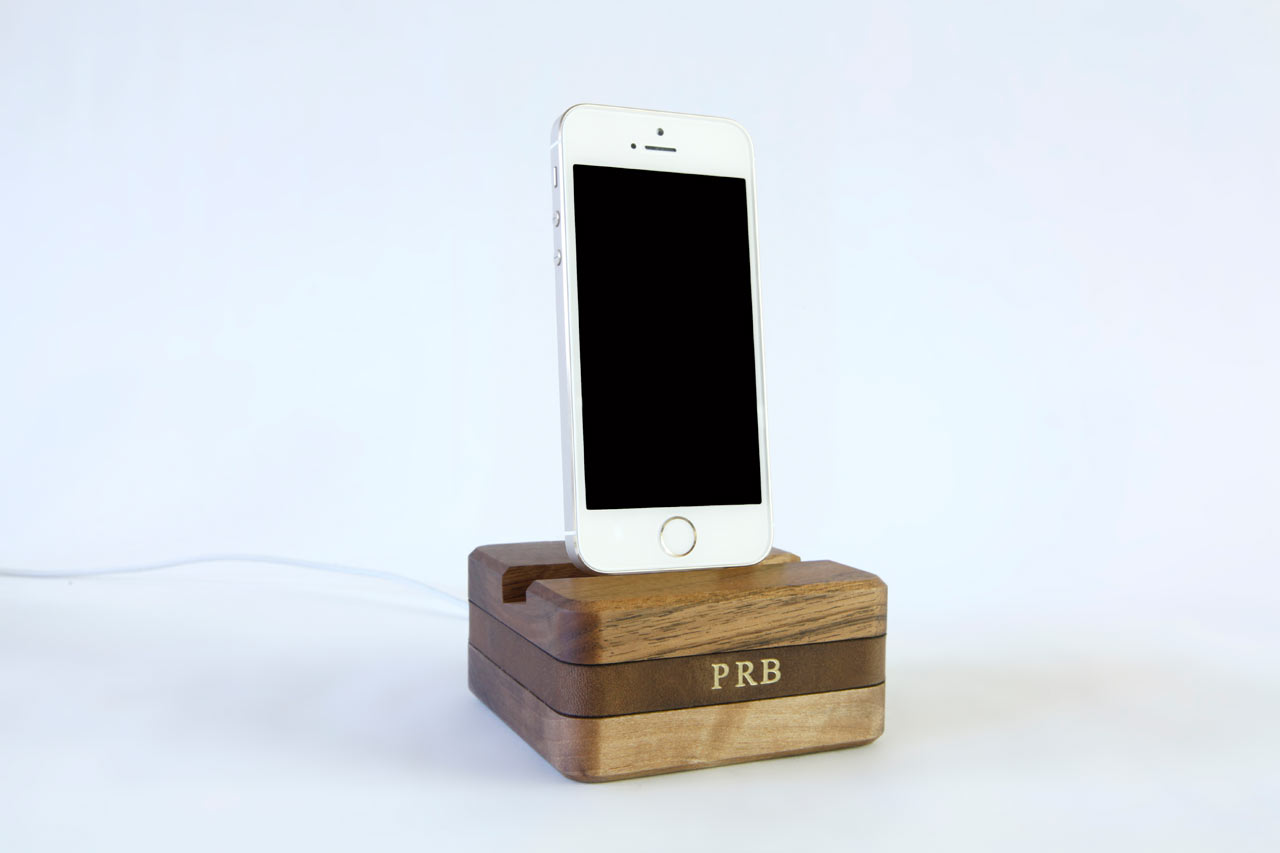 DODOcase_Dock_-Stikwood-Charging-Nest-3