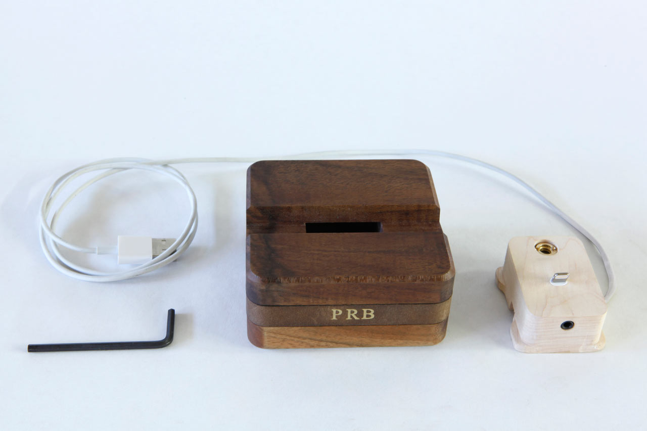 DODOcase_Dock_-Stikwood-Charging-Nest-5-5-kit