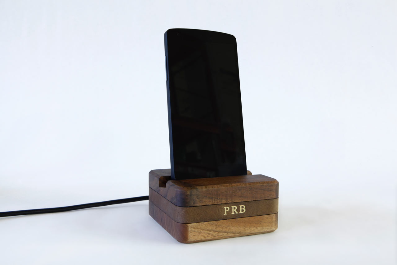 DODOcase_Dock_-Stikwood-Charging-Nest-7-android