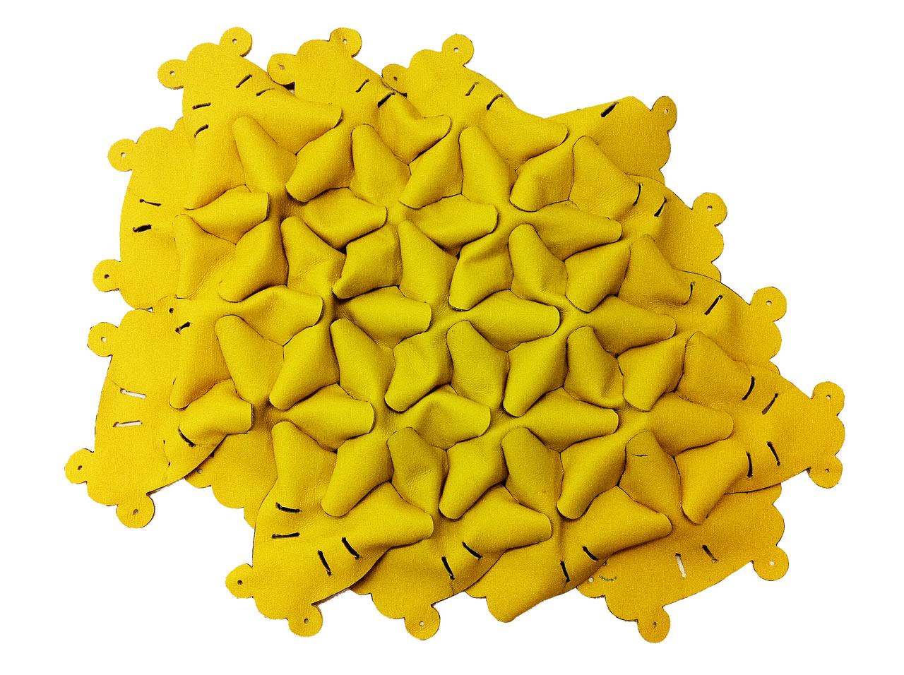 Decon-Hive-Atelier-Oi-BandB-Italia-2-front-patches