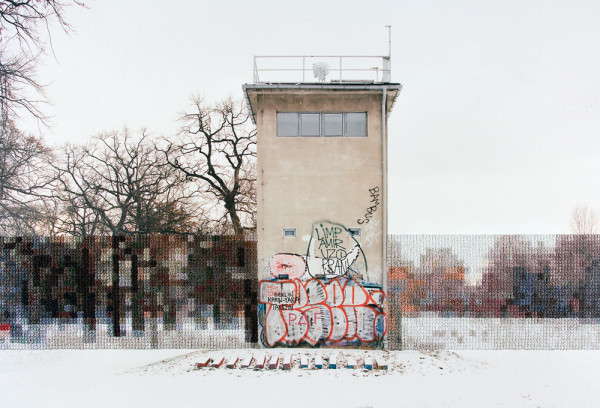 Diane Meyer, Former Guard Tower off Puschkinallee, 2013 @ Diane Meyer