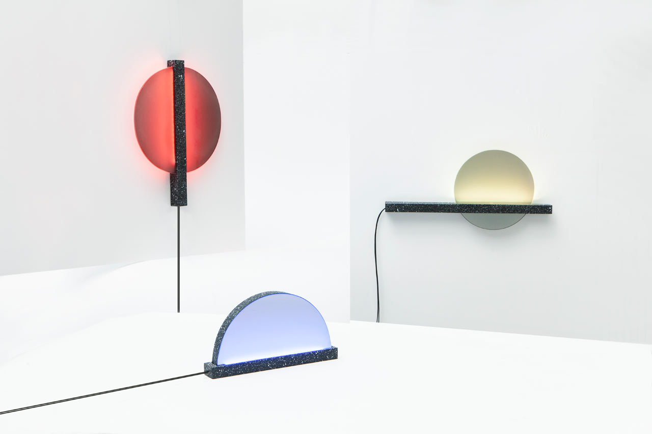 Internet-Connected Ambient Lights Keep You In Touch With Others