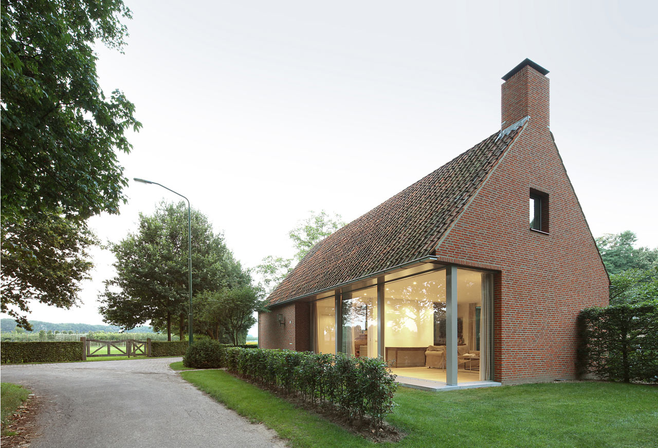 A rural modern house added on to a classic barn design milk for Classic modern homes