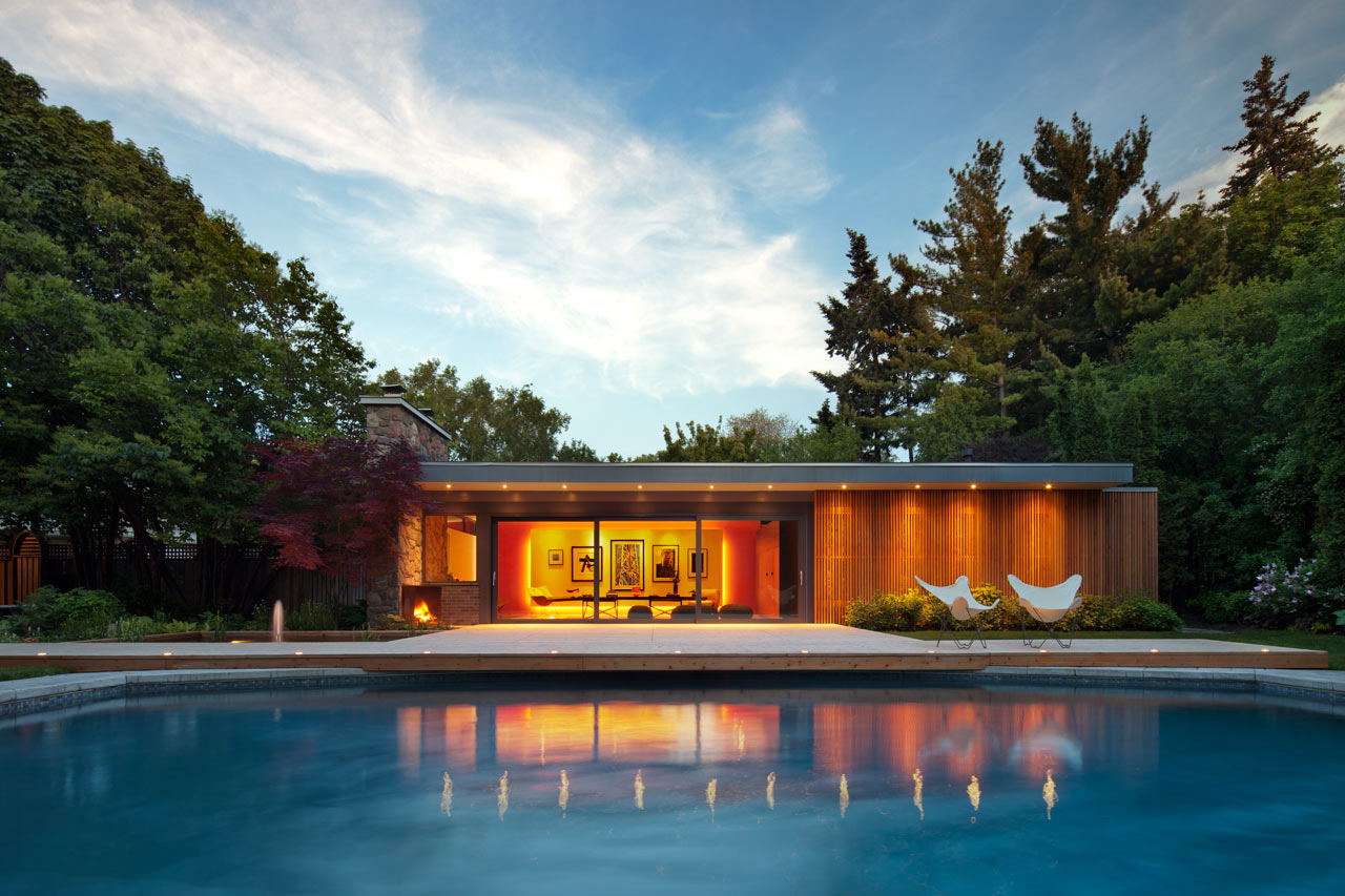 Mid-Century-Poolhouse-Tongtong-13
