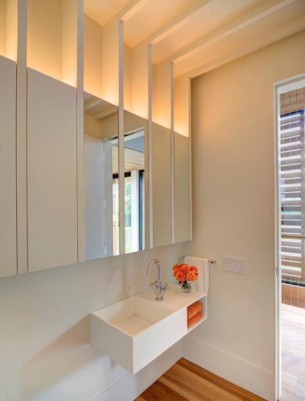 Mothersill-Beach-House-Bates-Masi-Architects-11